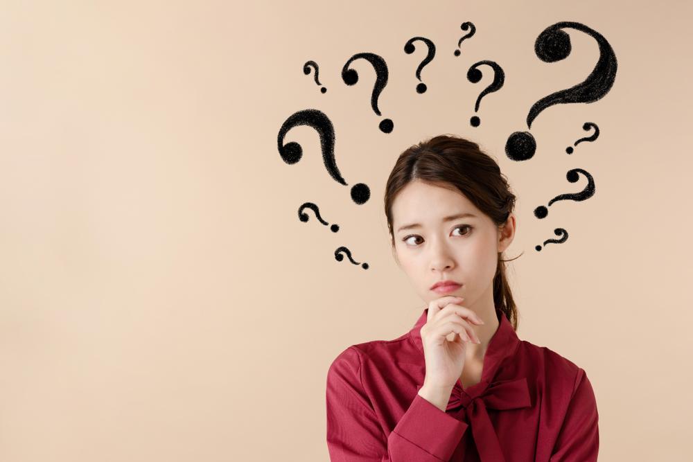 同窓会に恩師を招く際の会費はもらうべき?